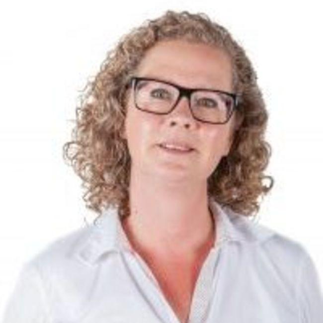 Manuela Escove
